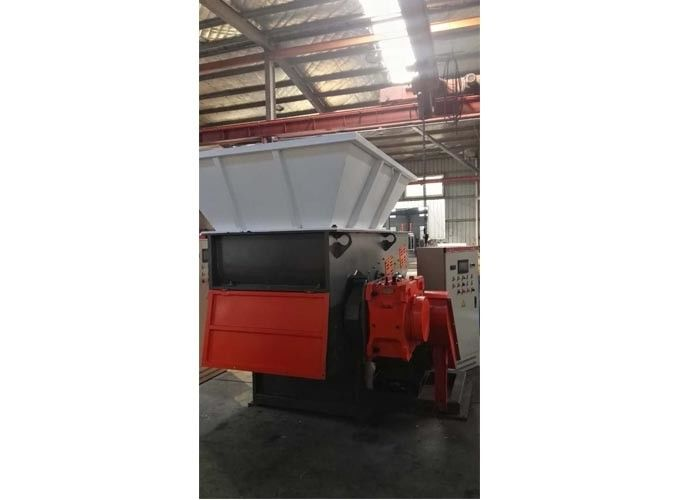 Hydraulic Plastic Shredder Machine 4mm Economic With High Crushing Power